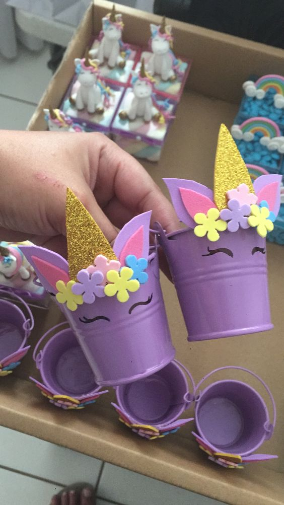 Unicorn Favor Buckets